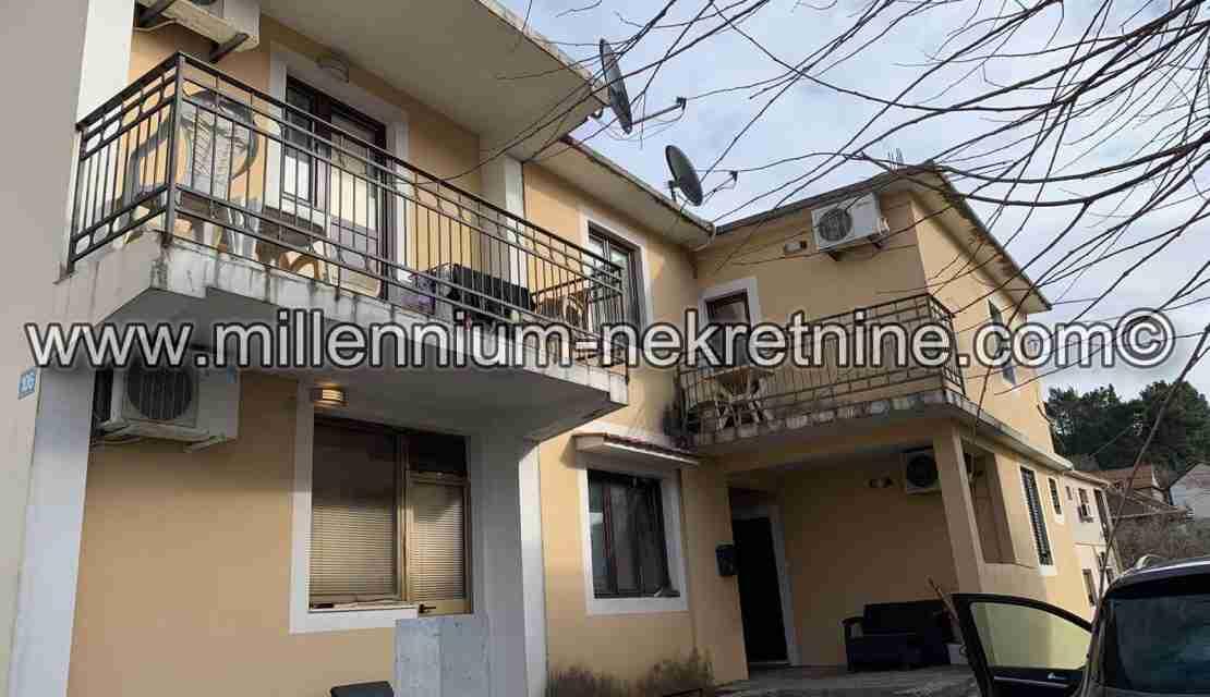 Prodajemo kuću 3845